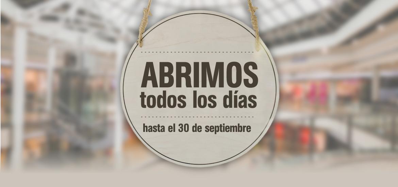 El Centro Comercial Rosaleda abre todos los días del verano